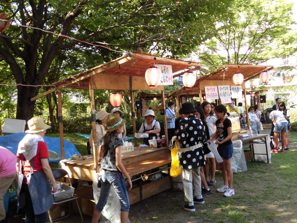 夏祭り(出店の様子3)